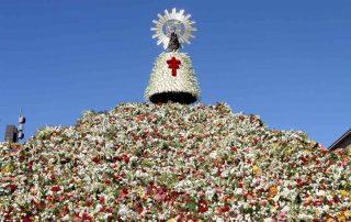 fiestas-del-pilar-2017-en-zaragoza-ofrenda-flores