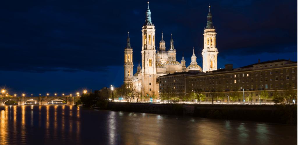Disfruta de la Navidad en Zaragoza con Eizasa Hoteles